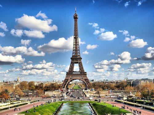 Torre Eiffel: diventerà il centro di un parco urbano