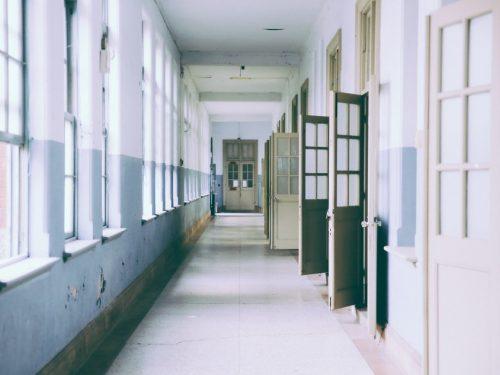Riapertura scuola coronavirus, il virologo Lopalco: 'Poco probabile'