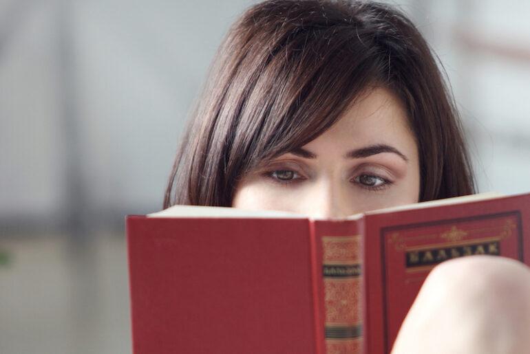 Libri tristi: i romanzi commoventi da leggere